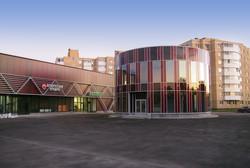 Кафе и торговый центр (фото объекта)