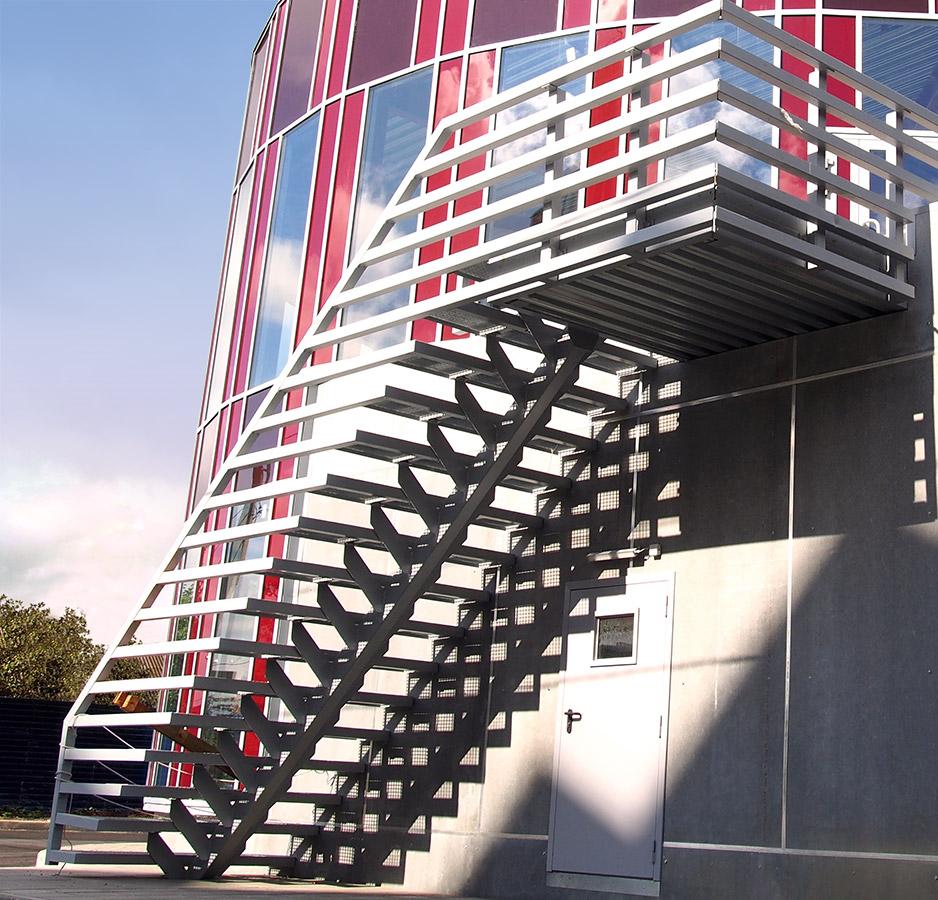 фрагмент лестницы (фото объекта)