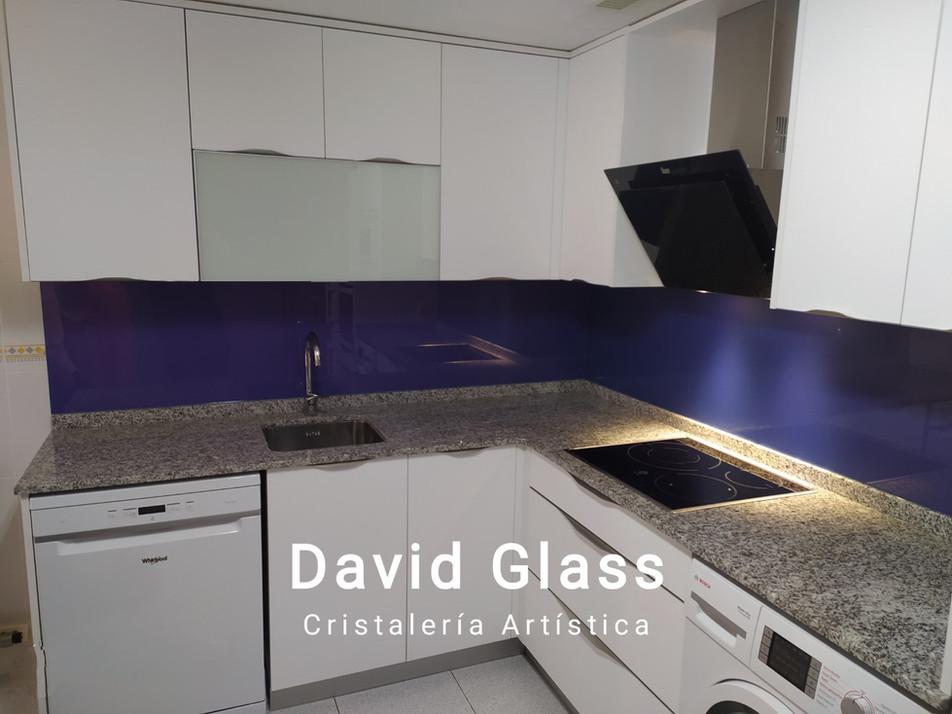 Frente cocina  Azul-morado.jpg