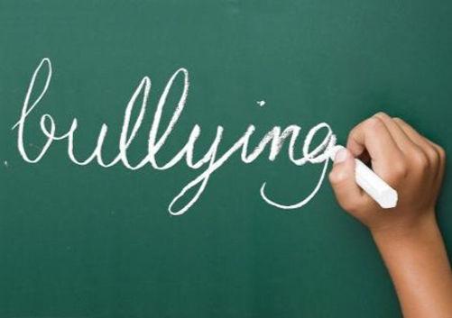 bullying%20pizarra_edited.jpg