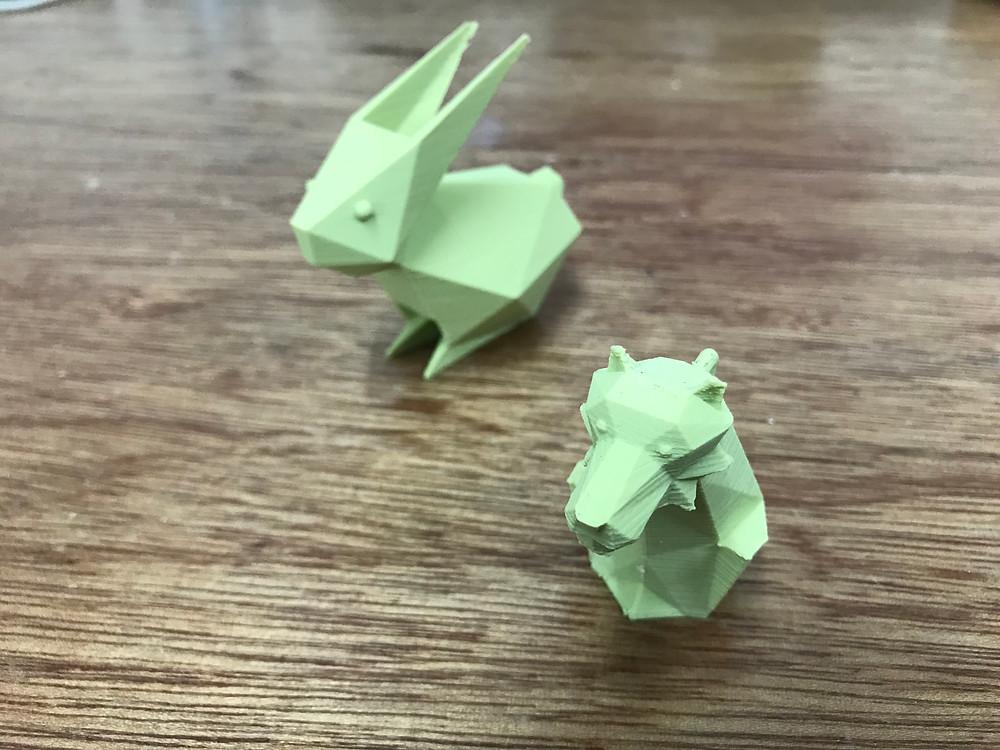 稜稜角角綠色兔與虎各一隻