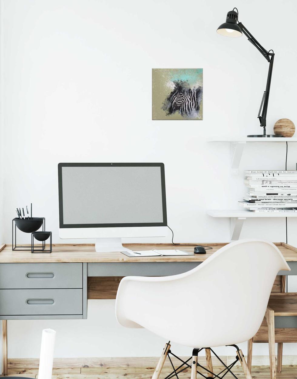Zebra_20x20cm_in_office.jpg