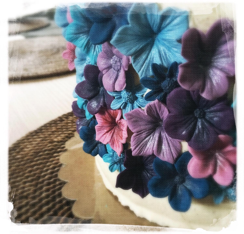 Gâteau mariage fleuri V