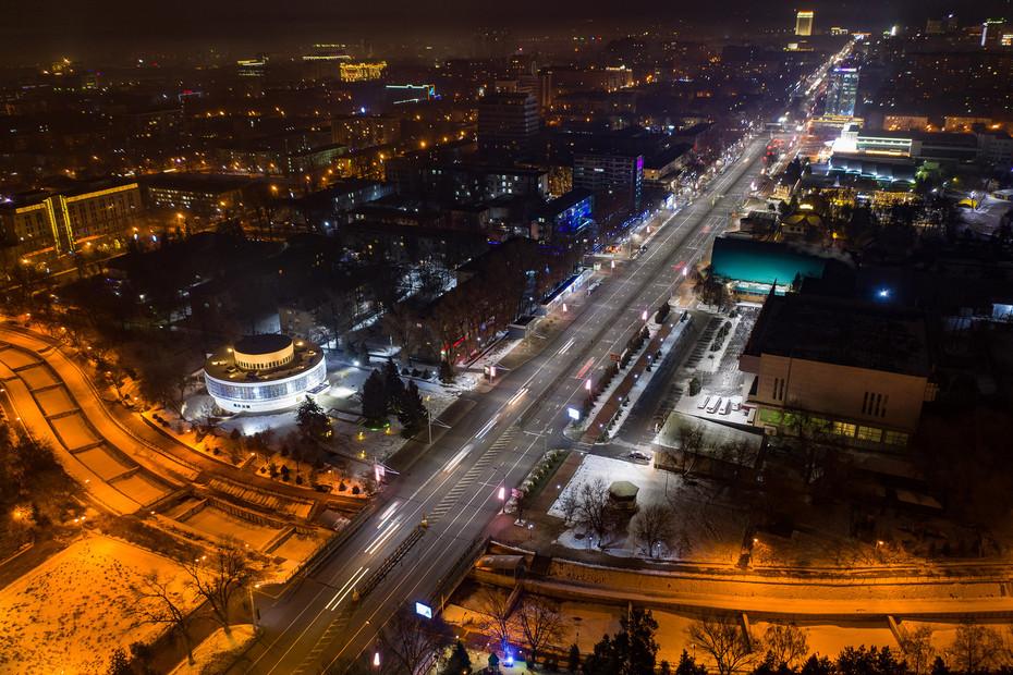 ночная Алмата с дрона