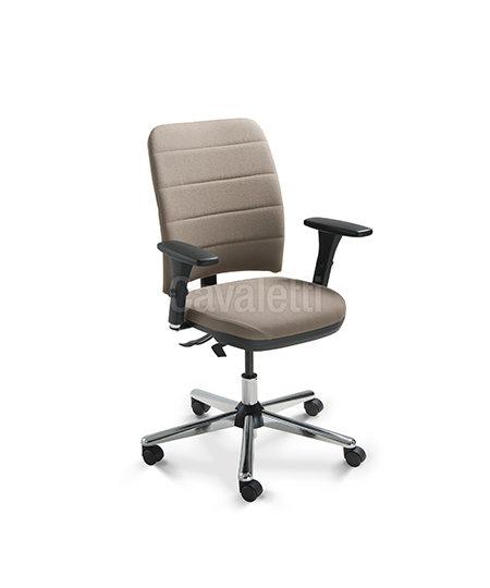 Cadeira para Escritório - Executiva - Giratória - 16503    - Cavaletti