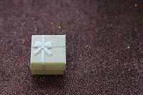 gift-3836529_1280.jpg