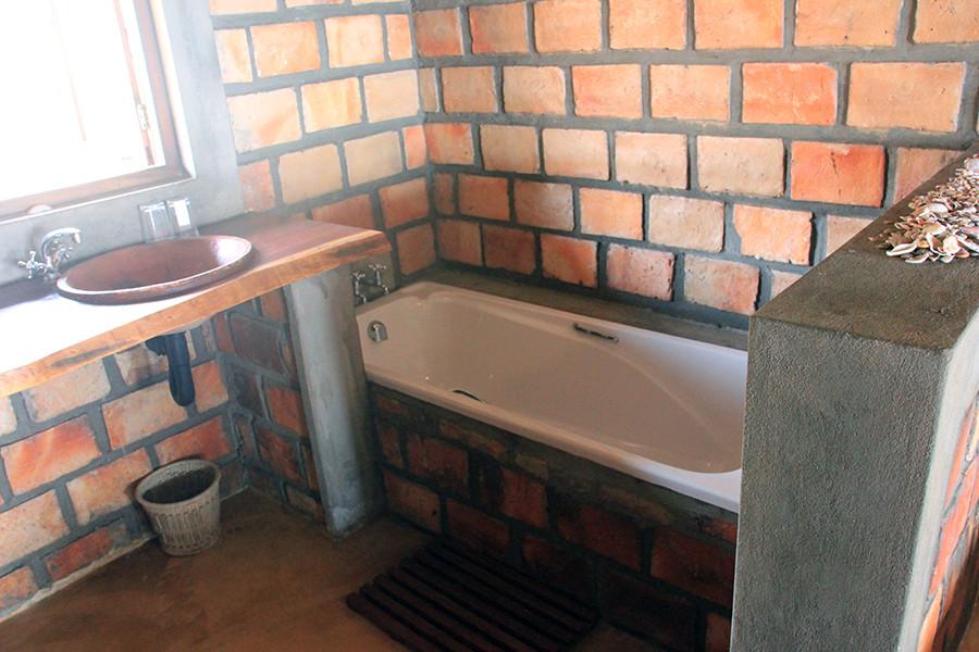 Mahale bathroom