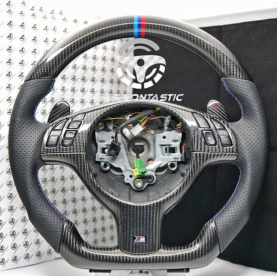 E46 M3 SMG Vehicle's Carbon Fiber Steering Wheel Style 1