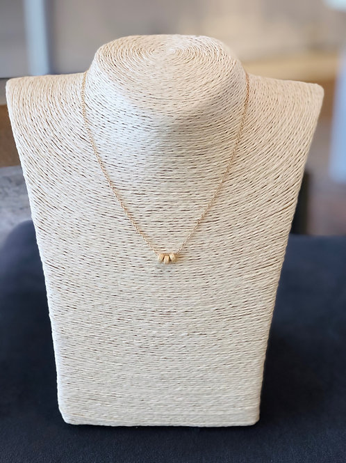 Gold Dainty Tres Necklace