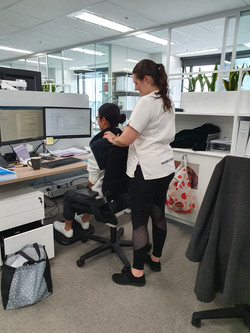 Corporate Roaming Massages
