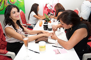 the-etiquette-girl-at-manicure-station.j