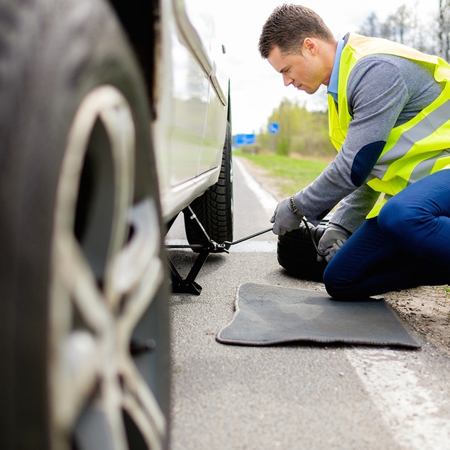 Emergency Roadside Assistance, Flat Tire, Tire exchange,  Martinez CA, 925-329-9158