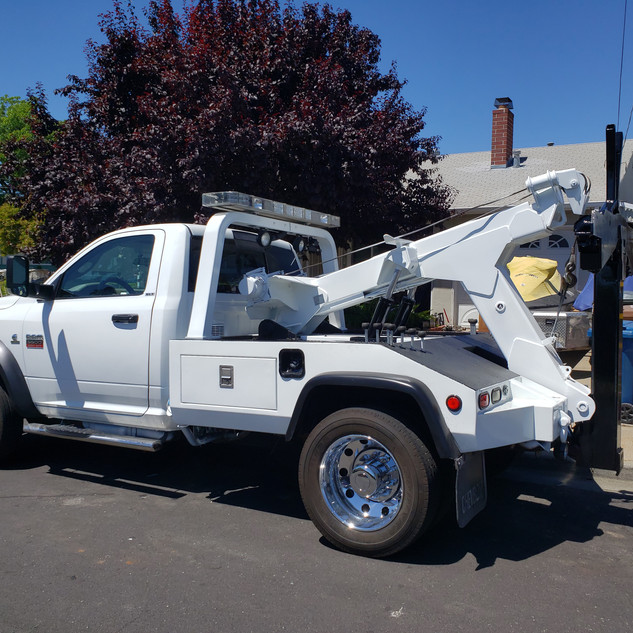 IVI's Express towing Martinez CA, 925-329-9158