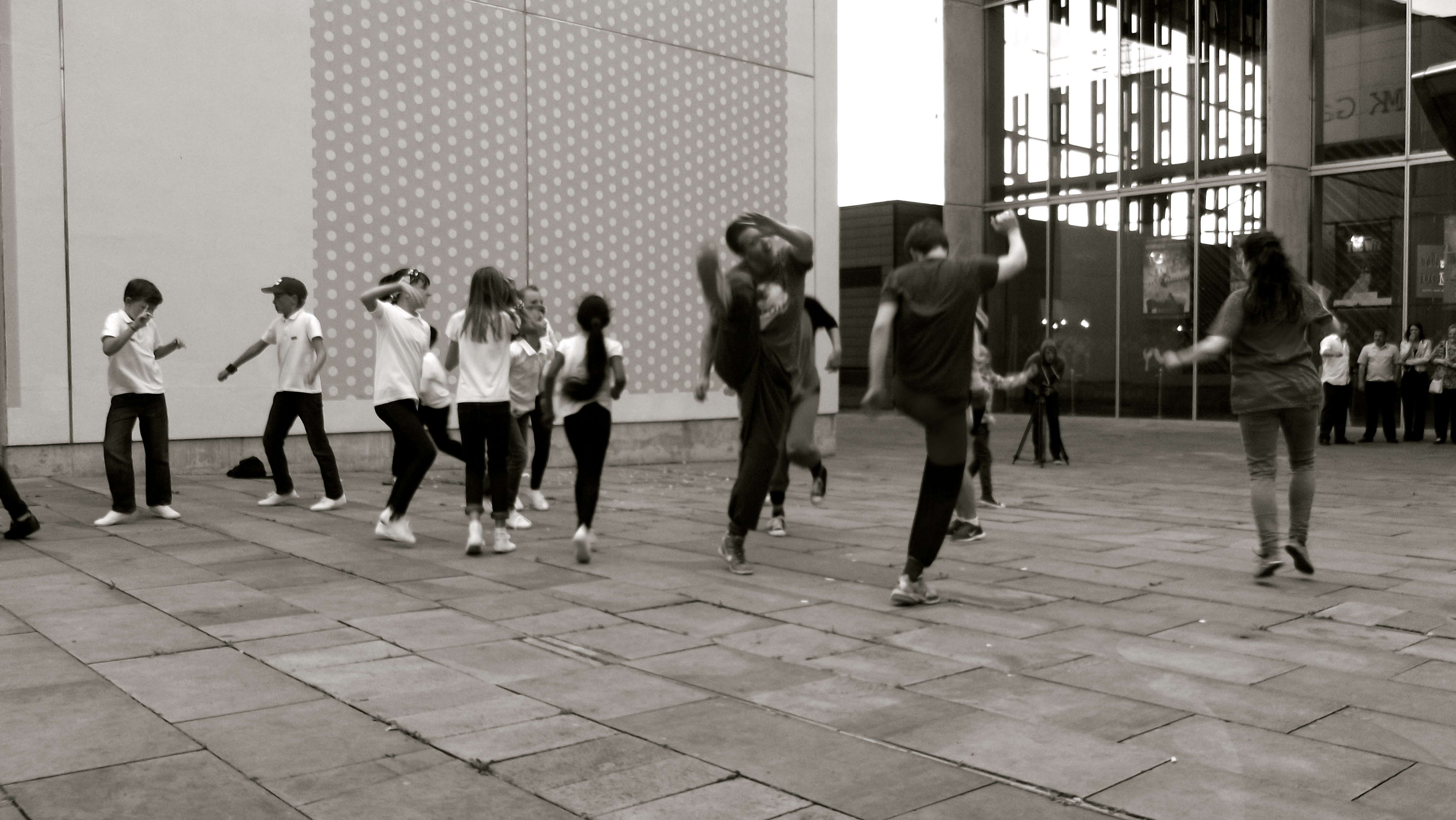 Mass Dance Moment