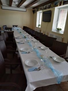 Slavnostní stůl restaurace