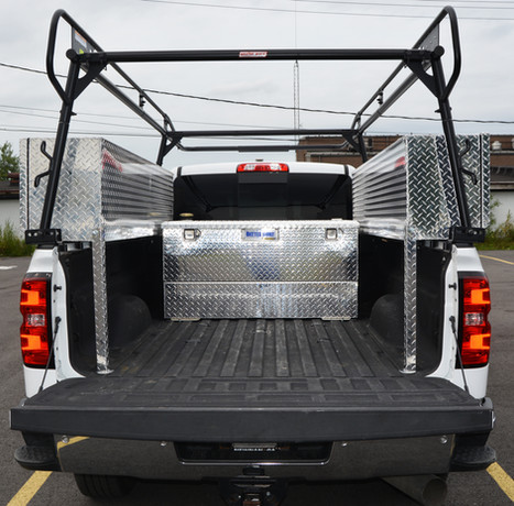 Ladder rack and tool boxes (1)