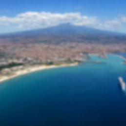 Vista dell'Etna e di Catania