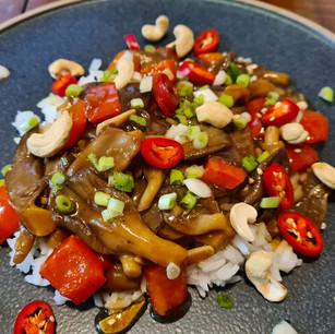 Oyster Mushrooms in Ginger & Garlic