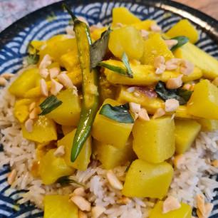Kohlrabi & Potato Curry