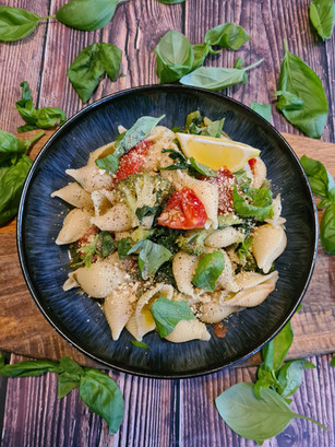 Green and Red Pasta