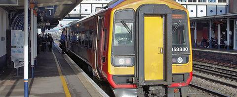 Eastleigh_railway_station_MMB_01_158880.jpg