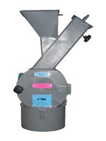 SOFT MATERIAL GRINDER WITH CUTTERS