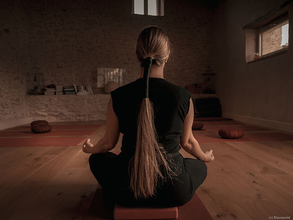 Yoga-Lucie-C-25.jpg