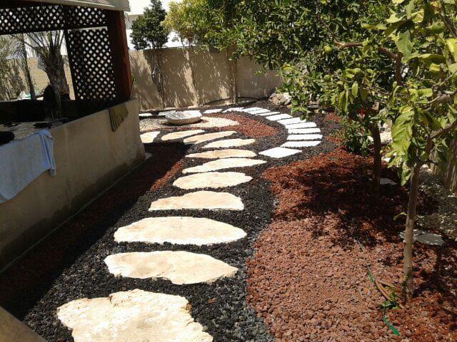 אבן מדרך לגינה