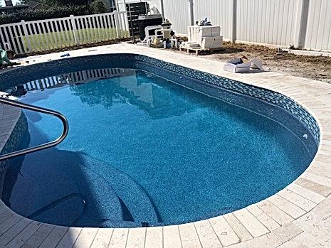 Leak in fiberglass pool