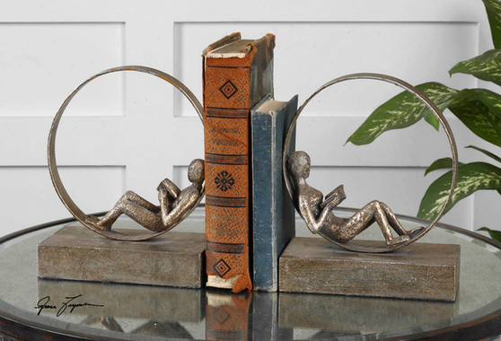 I#19596 _ Bookends