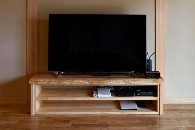 熱がこもりづらい、オープンタイプのTVボード