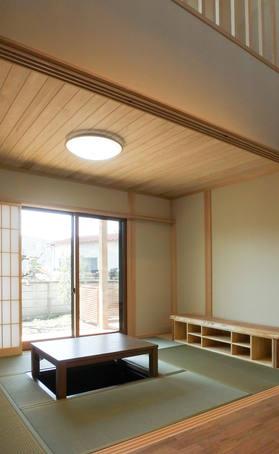 すっきりとした使い心地の良い和室。色褪せにくい素材を使用してます。