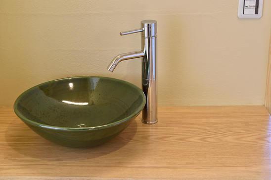 丸鉢を使った基本の手洗い