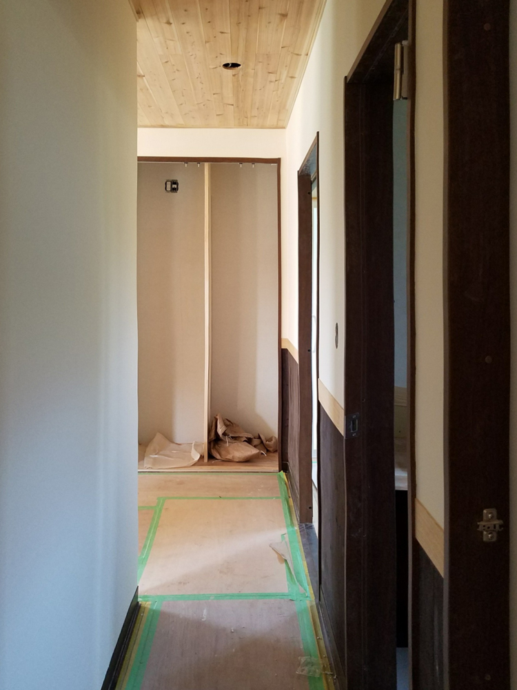 1F 廊下