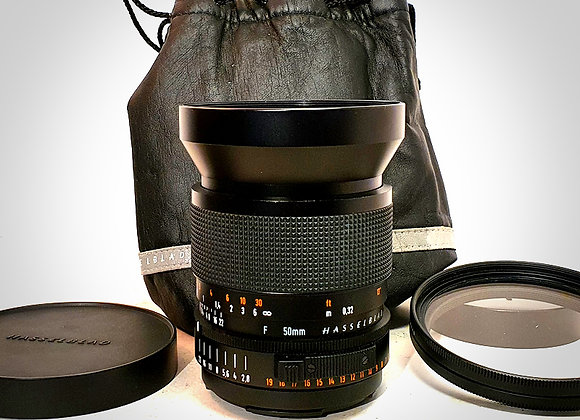 50MM F2.8 FET* DISTAGON LENS. NEAR MINT-