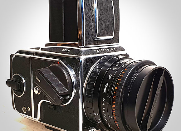501CM WITH 80MM F2.8 CFET* PLANAR LENS & A12 LATER BACK. MINT-