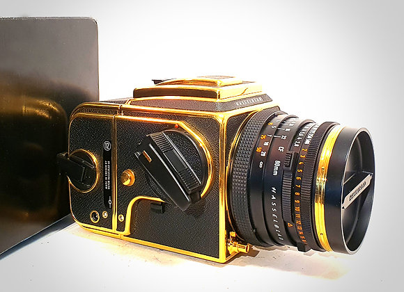 500CM 30th ANNIVERSARY GOLD EDITION, 80MM F2.8 CFT* PLANAR LENS & A12 BACK. MINT