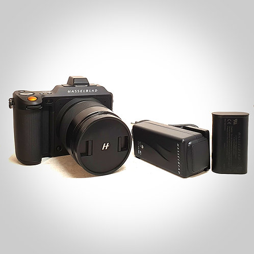 X1D 50C WITH XCD 45MM F3.5 LENS. MINT-