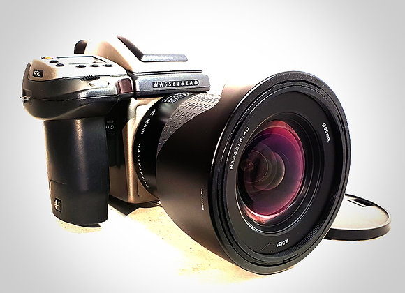 H3D-39MP WITH 35MM F3.5 HC LENS. EXC+++
