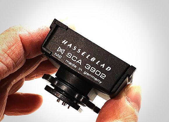HASSELBLAD SCA-3902 FLASH ADAPTER. EXC+++