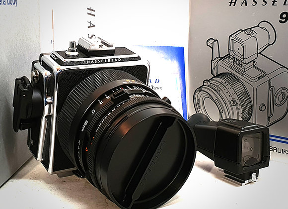 903SWC WITH 38MM F4.5 CFT* BIOGON LENS & A12 BACK. AS NEW