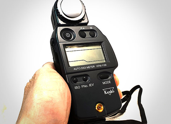 KENKO KFM-1100 AUTO DIGI LIGHT METER. EXC++