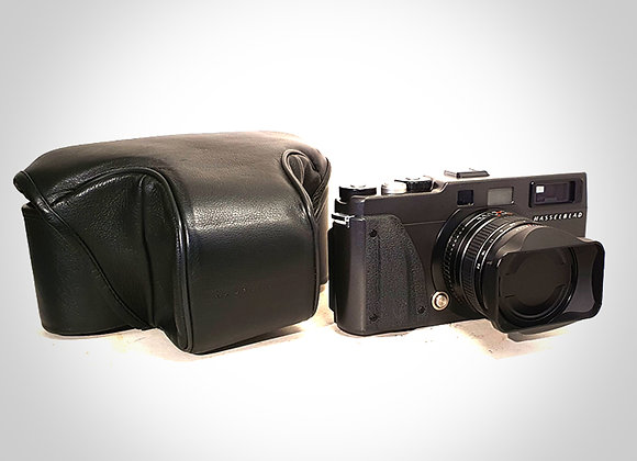 XPAN II WITH 45MM F4 LENS. MINT-
