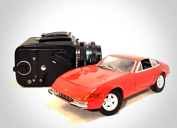 2000FCW WITH 80MM F2.8 FT* & A12 BACK. MINT-