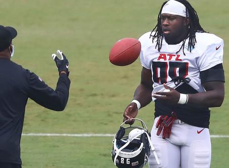 A Peek Inside Falcons Defensive End Takk McKinley's Shoulder Rehab