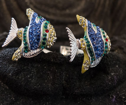 Coorful fish cufflinks for women in sterling silver covered with colorful Swarovski crystals