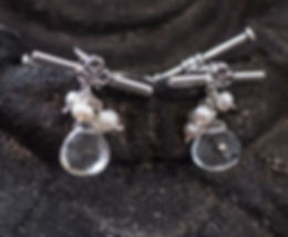 Prasiolite stone and cultured freshwater pearls cufflinks set in sterling silver with toggles.
