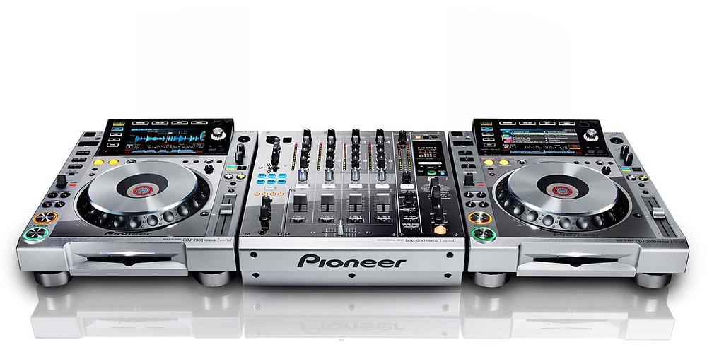 CORSO DJ MODULO BASE CORSO DJ MODULO AVANZATO CDJ 2000 NXS DJM 900 NXS PLATINUM