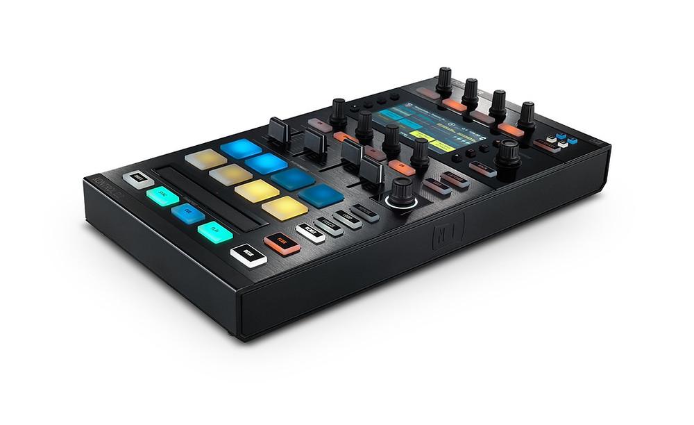 CORSO DJ - MODULO CONTROLLER - KONTROL D2 - FULL VIEW.jpg