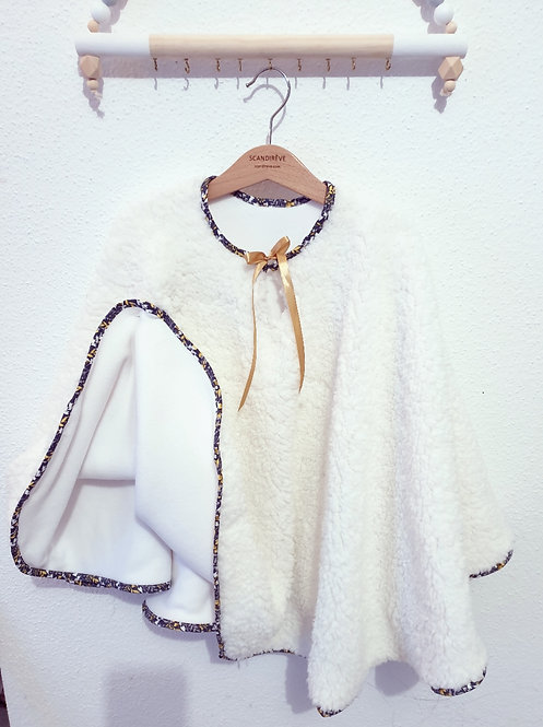 Poncho/carseat
